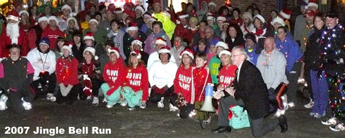 Photo of runners before the Jingle Bell Run.