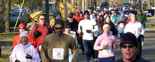 Photo of runLawrence Thanksgiving Day 5K.