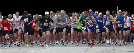 Photo of the start  of the Olathe Heart and Sole Run.
